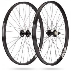 Roues à pneu 29p IBIS vtt S35 alu Ibis Boost alu noir décor blanc Shimano 12v MicroSpline 23 rainures